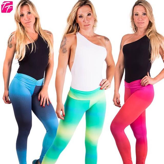 ATTENTION LADIES  Ela chegou pra você morrer de amores! As leggings TIE DYE vêm com uma estampa em degradê linda, viva e colorida - feita para looks lindos e treinos incríveis! ? Corre no site que acabou de chegar! ➨ http://todaemforma.com.br  Aproveite que todo o site está com 15% off (basta digitar o código ROSA, ao final da compra) e leve a sua legging! ? #EuTodaEmForma #fitness #fitgirl #fitfashion #fitnesswayoflife #fitclothes #todaemforma #gymchick #gymfreak #gynaddict #girlswholift #girlswithmuscle #HealthTalk #GetHealthy #gym #getfit #gymselfie #gymchick #getfit #gymrat #gymfreak #gynaddict #girlswholift #gettingmyfitnesson #girlswithmuscle #gohardorgohome #moda #modafitness #roupas #roupadeacademia #vemcomelas #projetoangel
