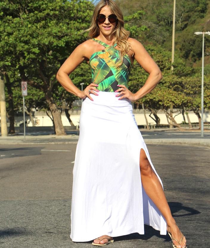 saia longa branca com fenda