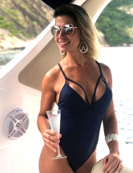 body feminino azul marinho 2