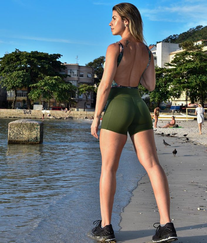 short fitness cross verde militar - tropical collection 3