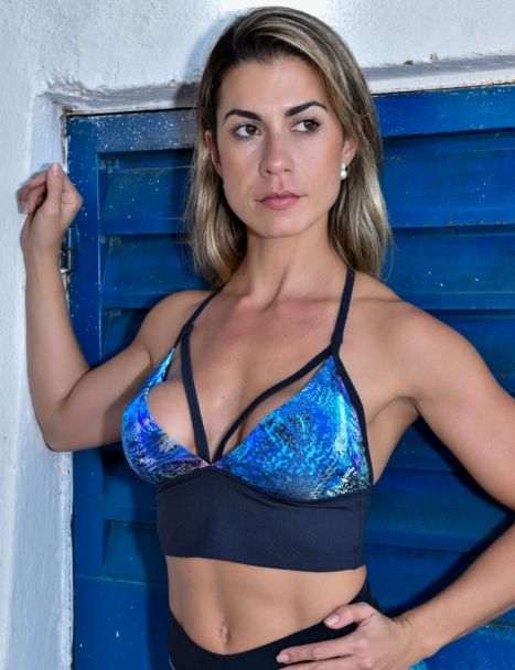 top cropped strappy recorte preto com bojo removivel colors collection